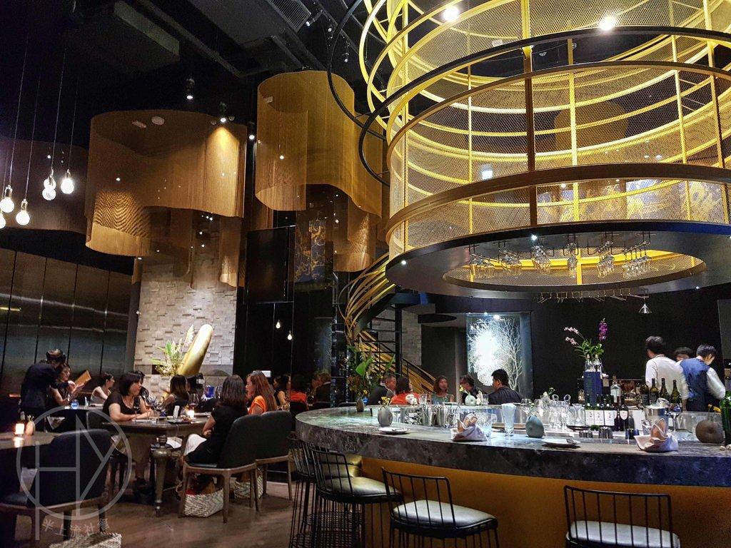 【台北】《Orchid Restaurant 蘭餐廳》瑕不掩瑜的流金綺夢,台北米其林餐盤推薦。信義安和大安區安和路法式料理必吃美食評價食記。